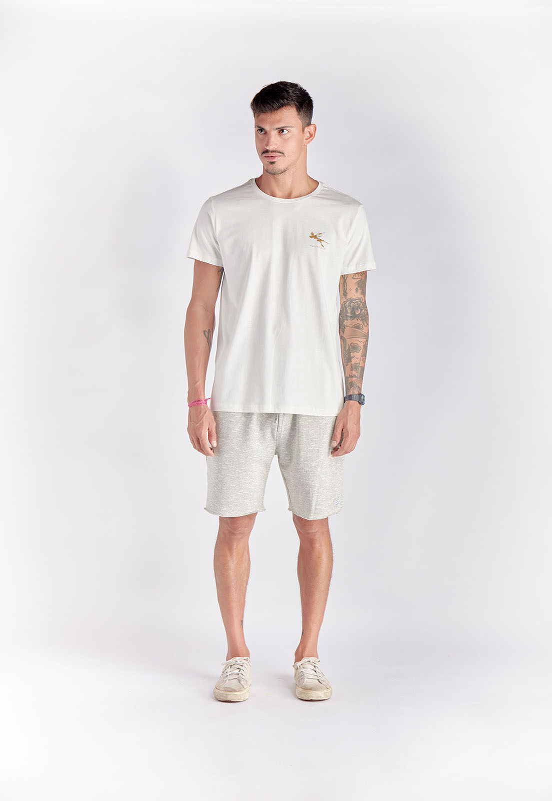 T-shirt Classic Traveler Branco Melty  - melty surf & Co.