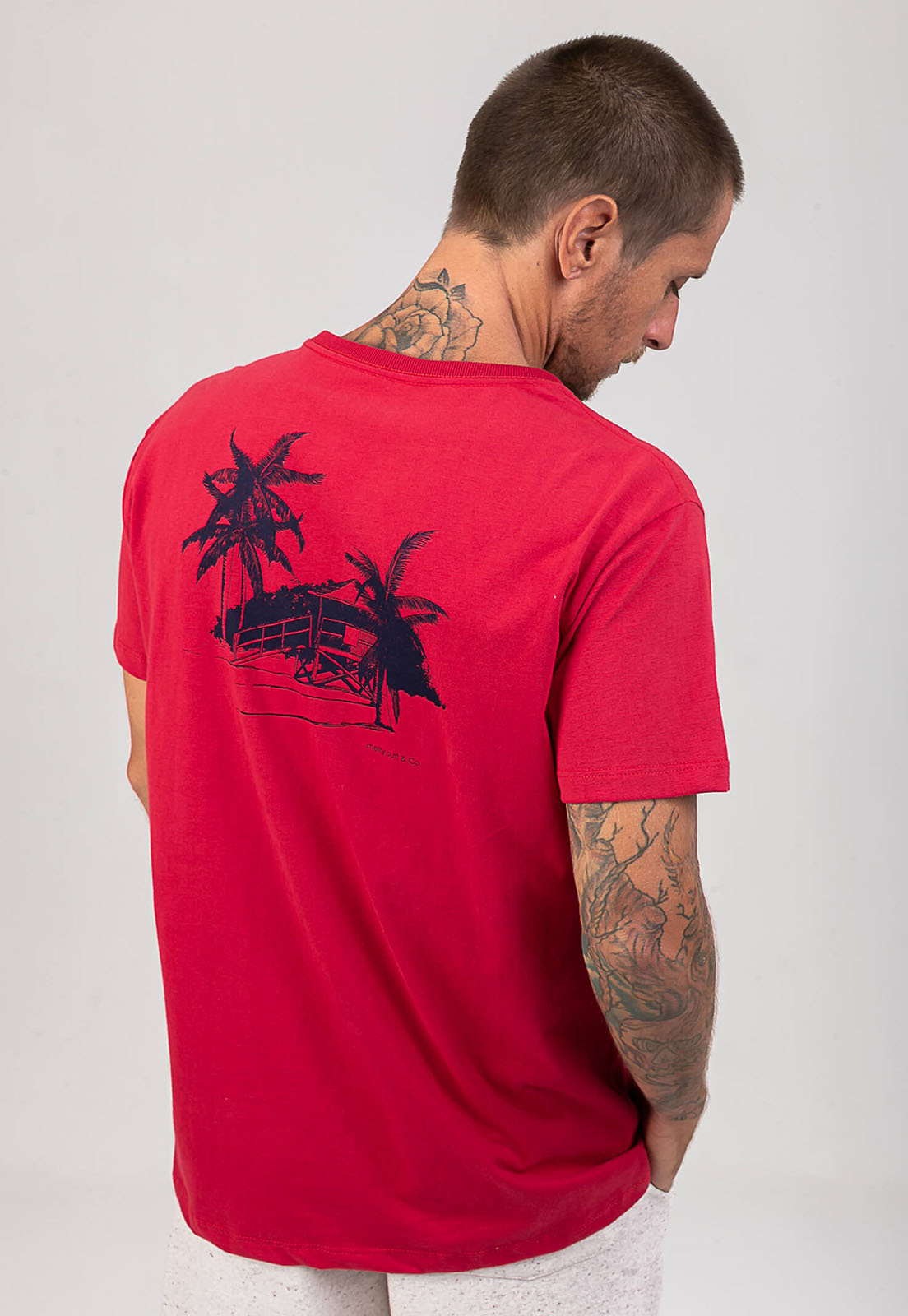 T-Shirt Friends Brigade Vermelha melty  - melty surf & Co.