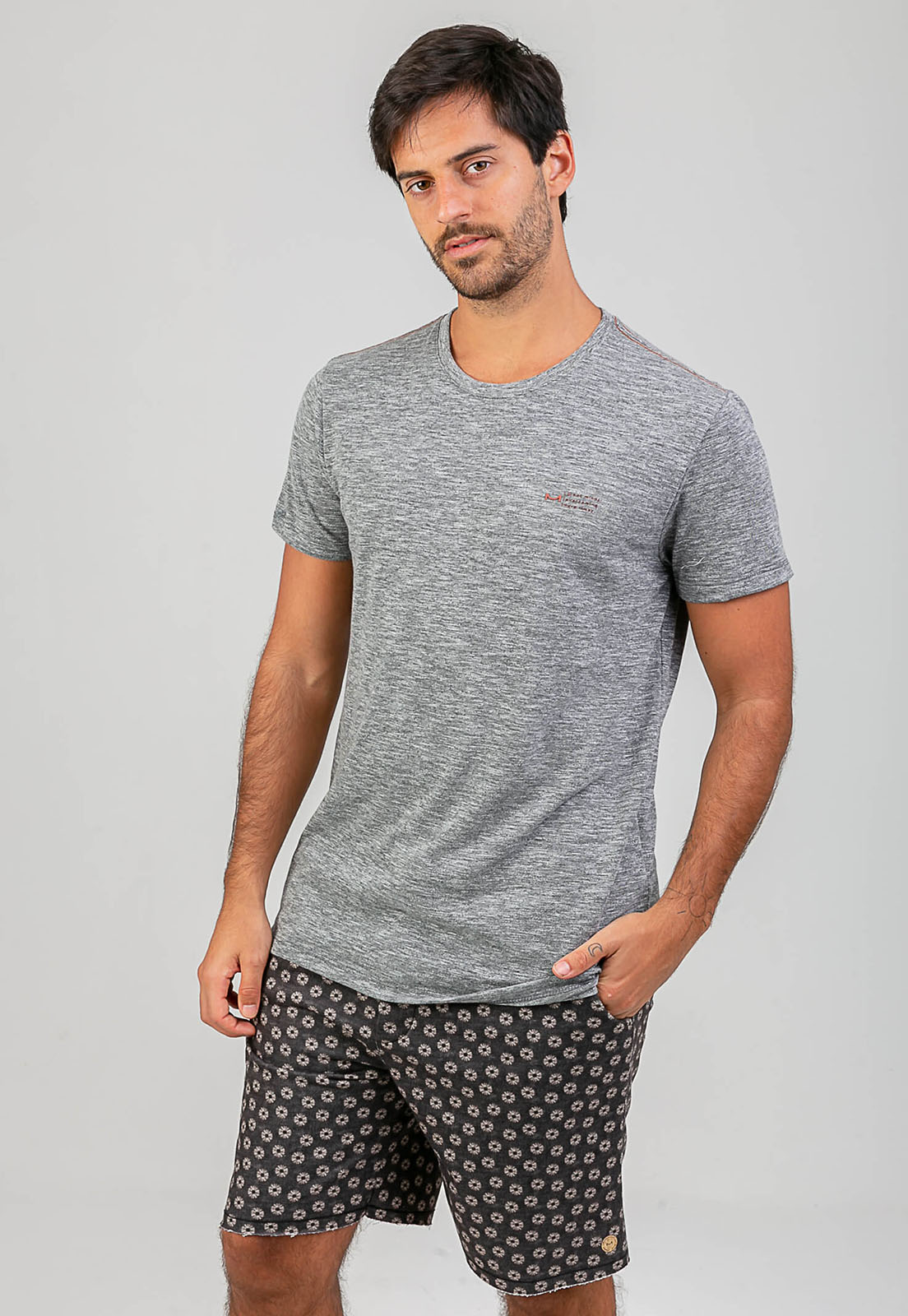 T-shirt Nuno Melty