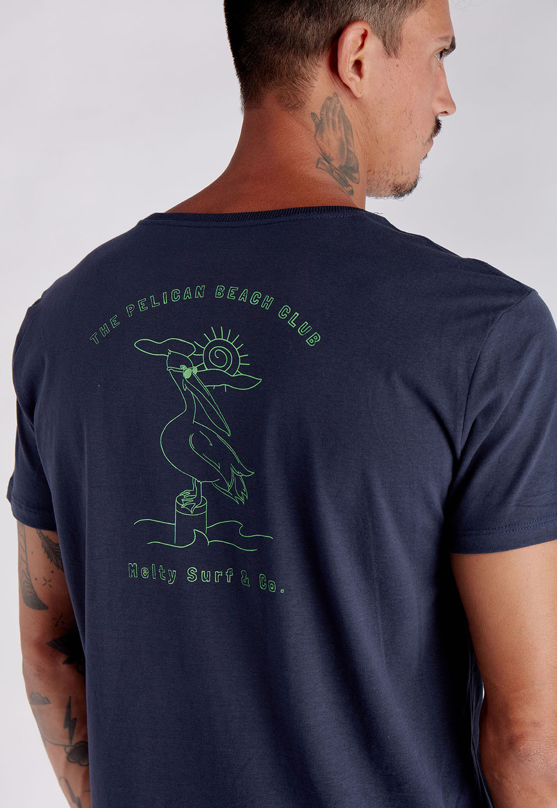 T-shirt Pelican Beach Marinho Melty  - melty surf & Co.