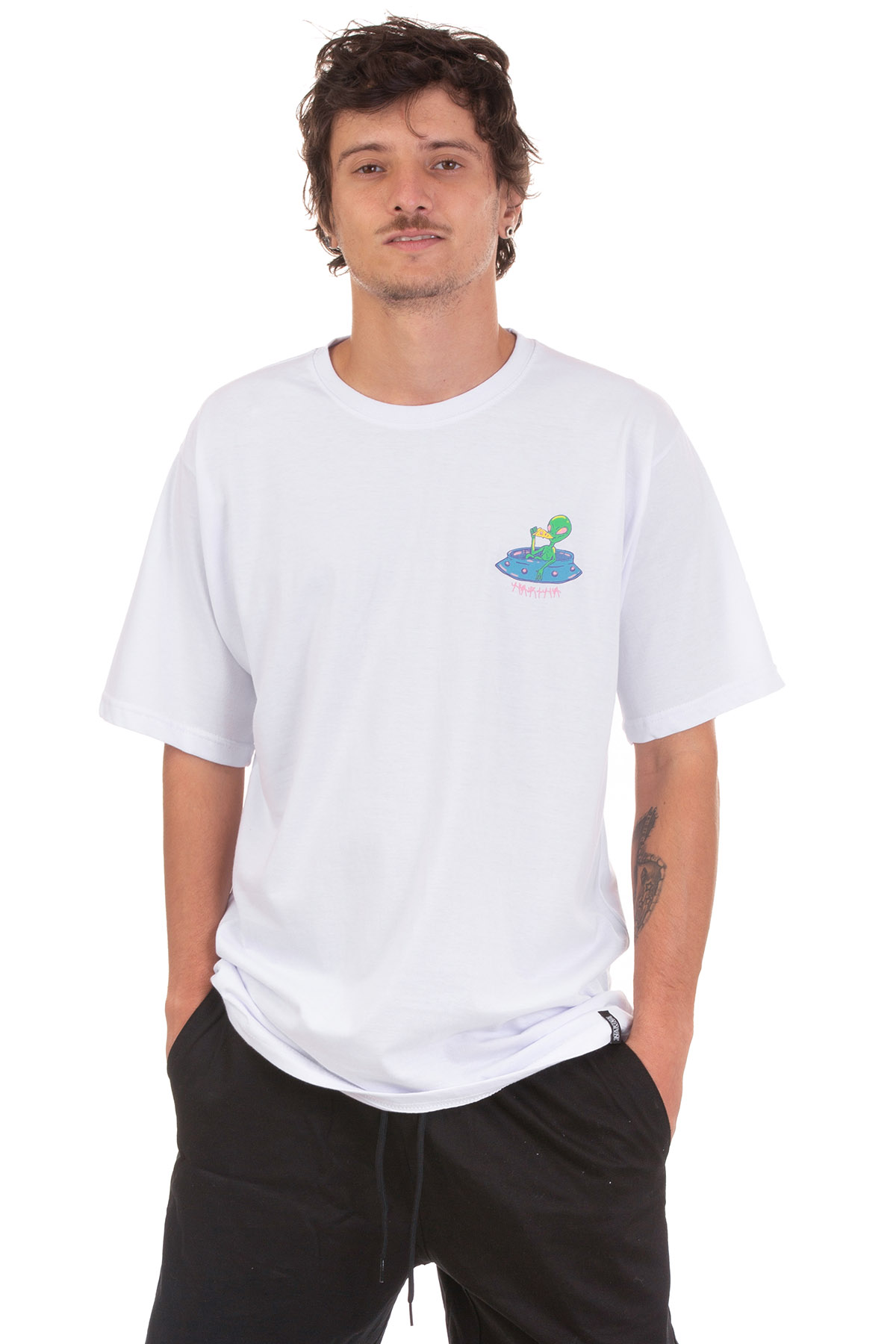 Camiseta  Manga Curta Narina Skate Abdução