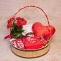 Cesta Romântica com Muito Chocolate e Romance