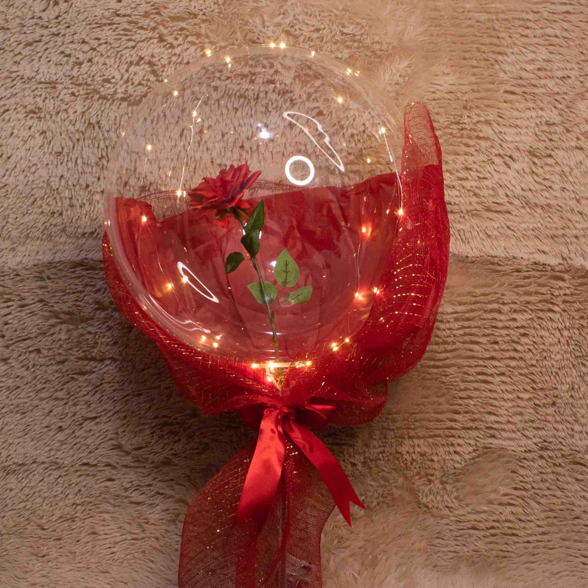 Balão com Rosa Solitária e Luz