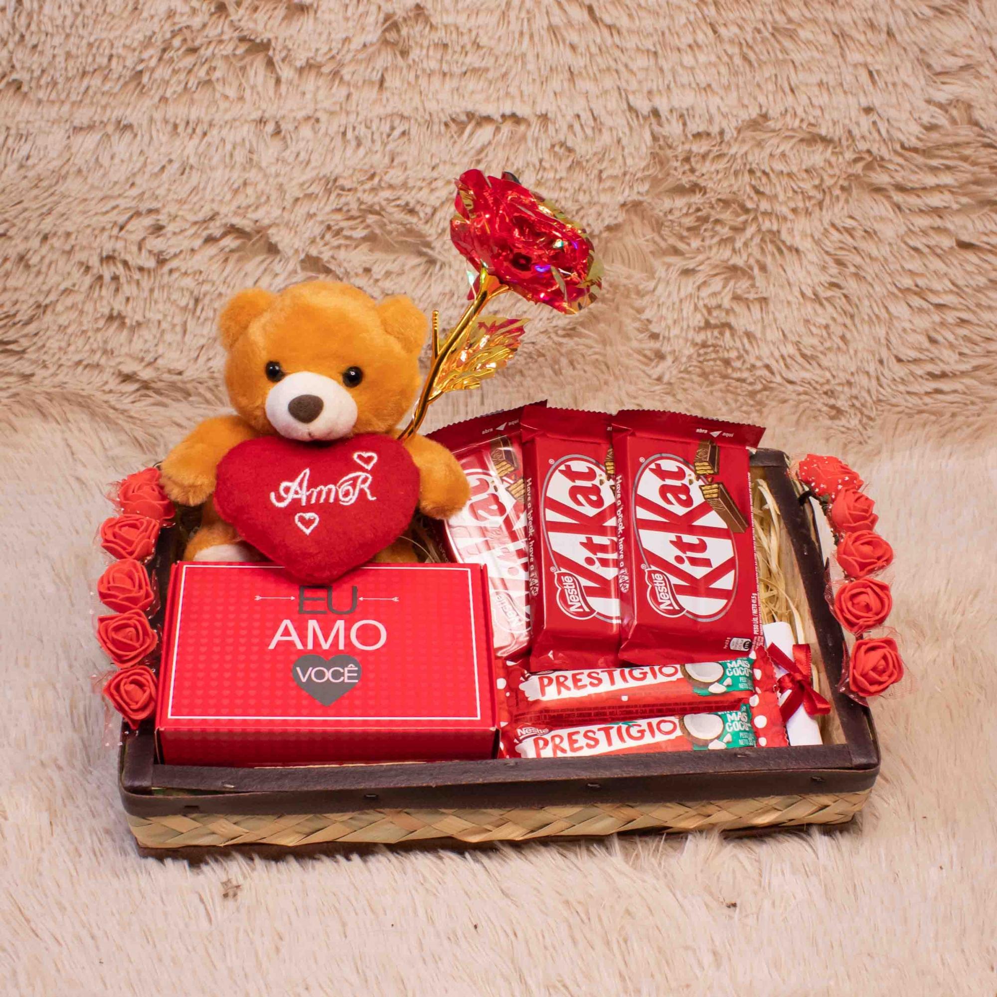 Bandeja de Chocolate com Rosa Eterna