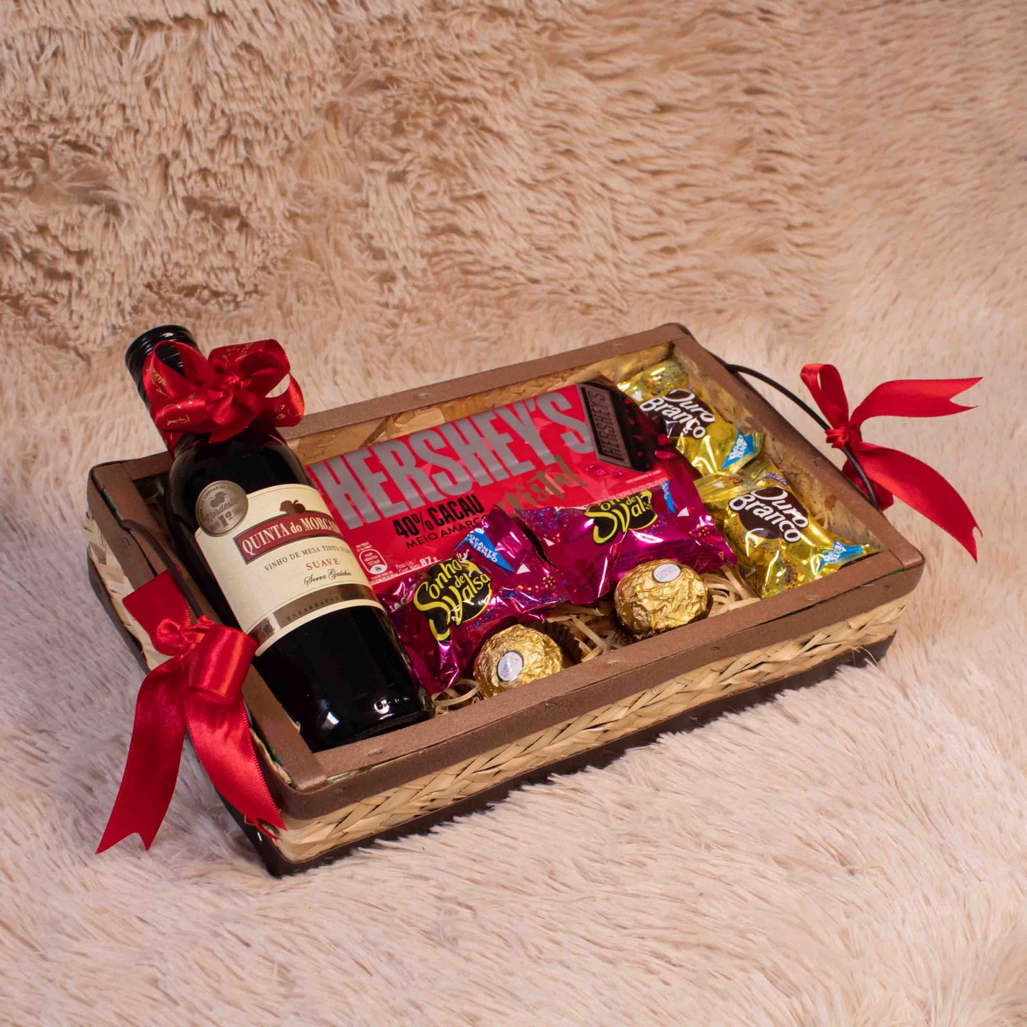 Bandeja de Chocolate com Vinho