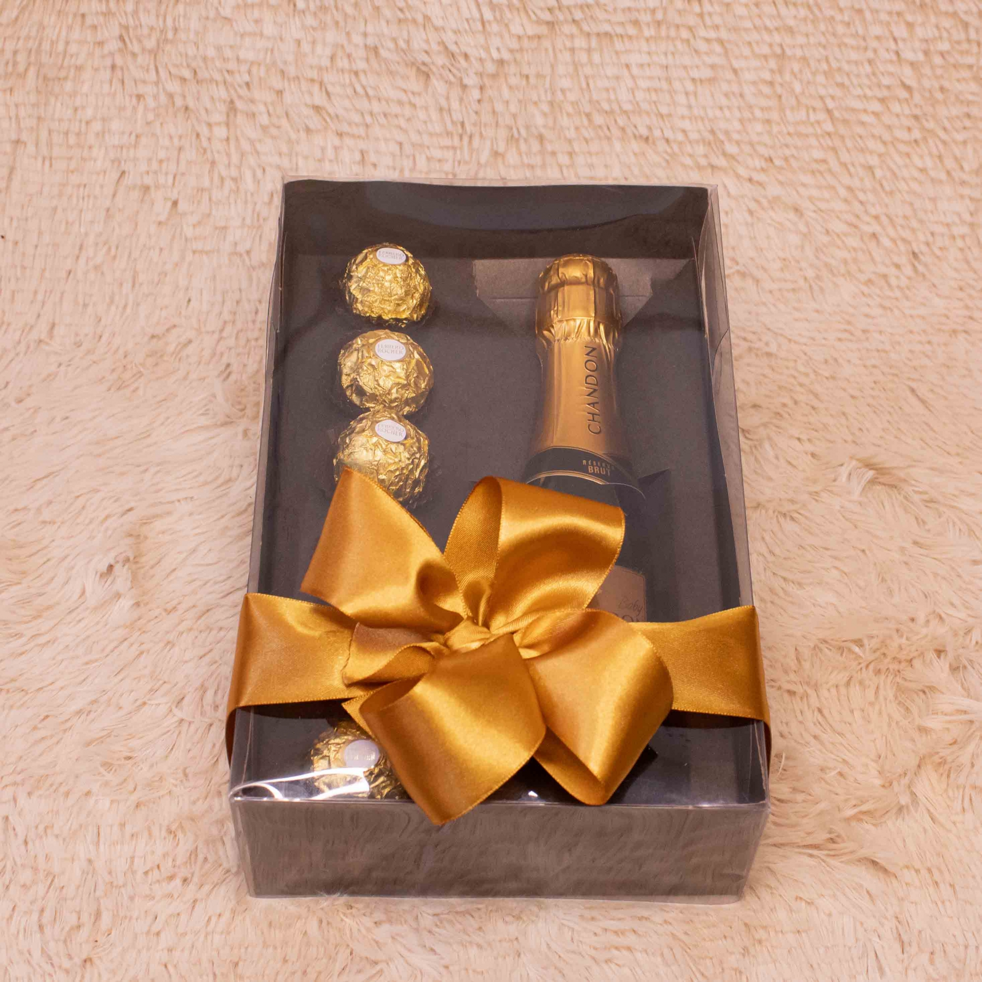 Caixa com Champanhe e Chocolate Nobre