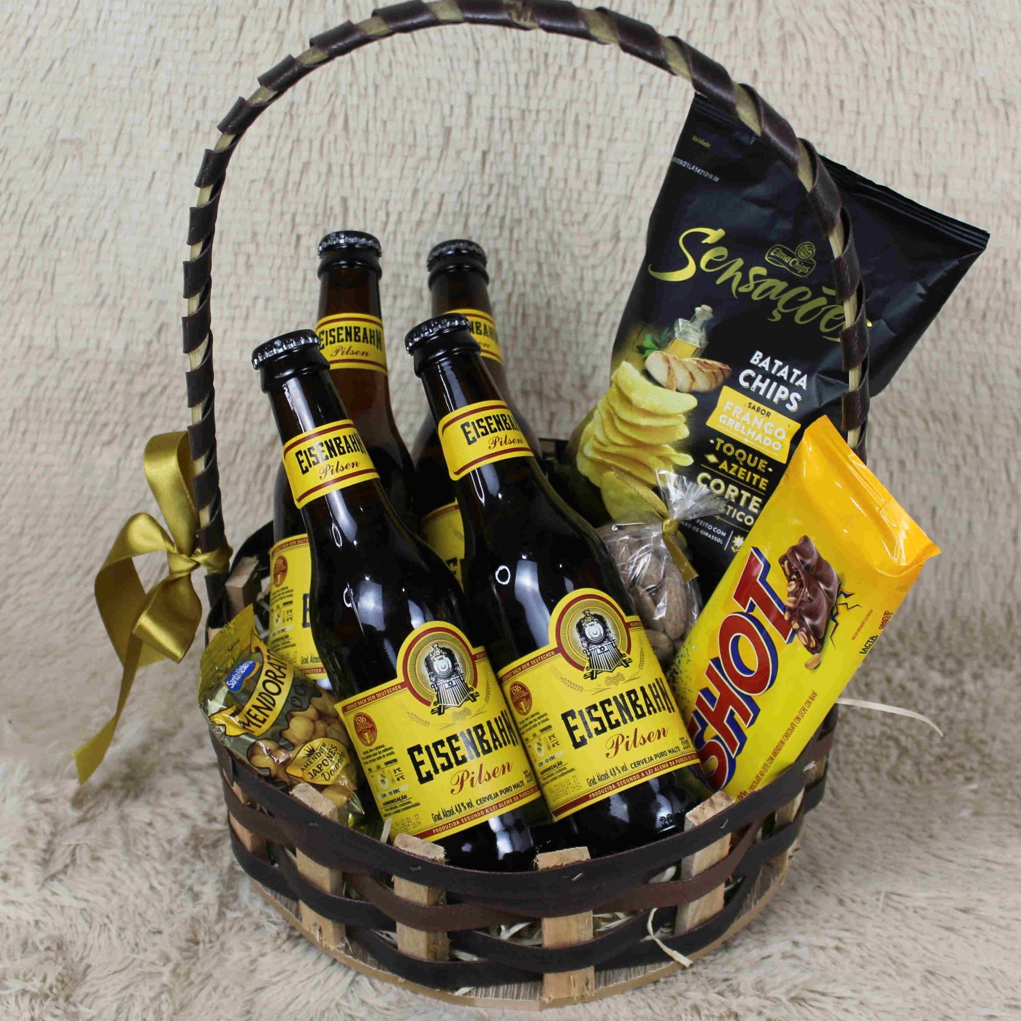 Cesta de Cerveja, Petisco, Amêndoas e Chocolate