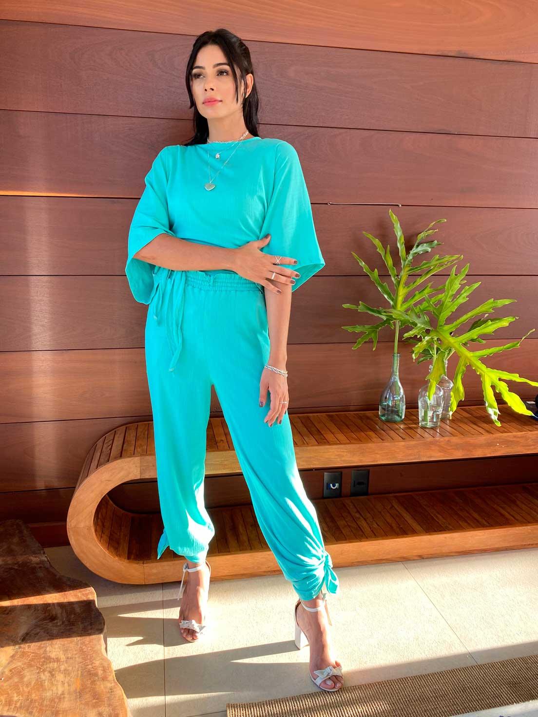 Conjunto Resort Kimono com Top Reto  e Pantalona Maldivas   3 Peças  