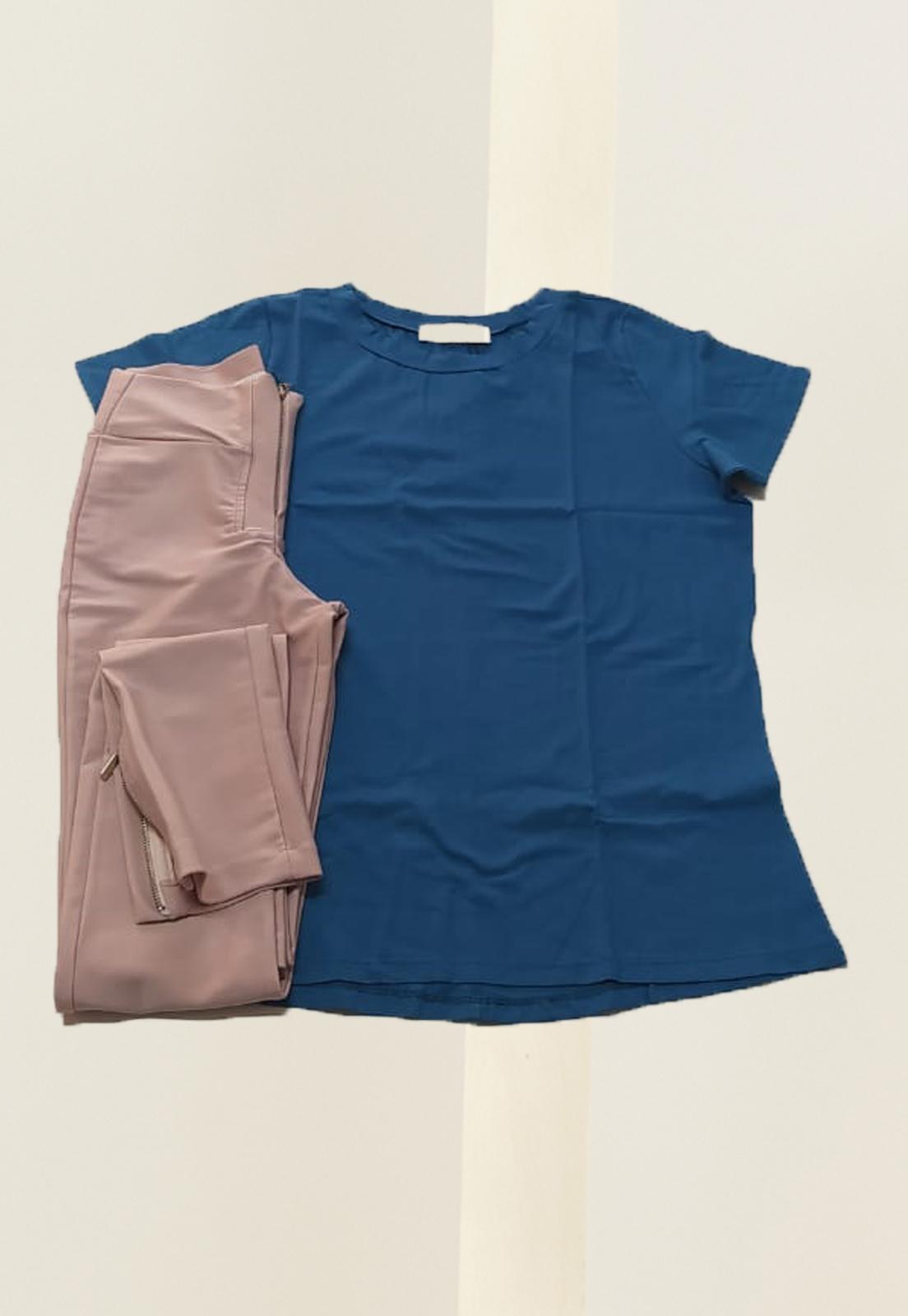 T-shirt Bia Azul + Calça Basic Prada Rosê