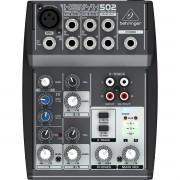 Behringer XENYX 502 Mesa de som