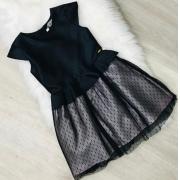 Vestido Malagah Preto saia coberta com tule
