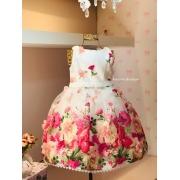 Vestido Petit Cherie coberto com organza floral e aplicação de flores 3D