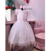 Vestido Petit cherie com detalhes em plumas e pérolas
