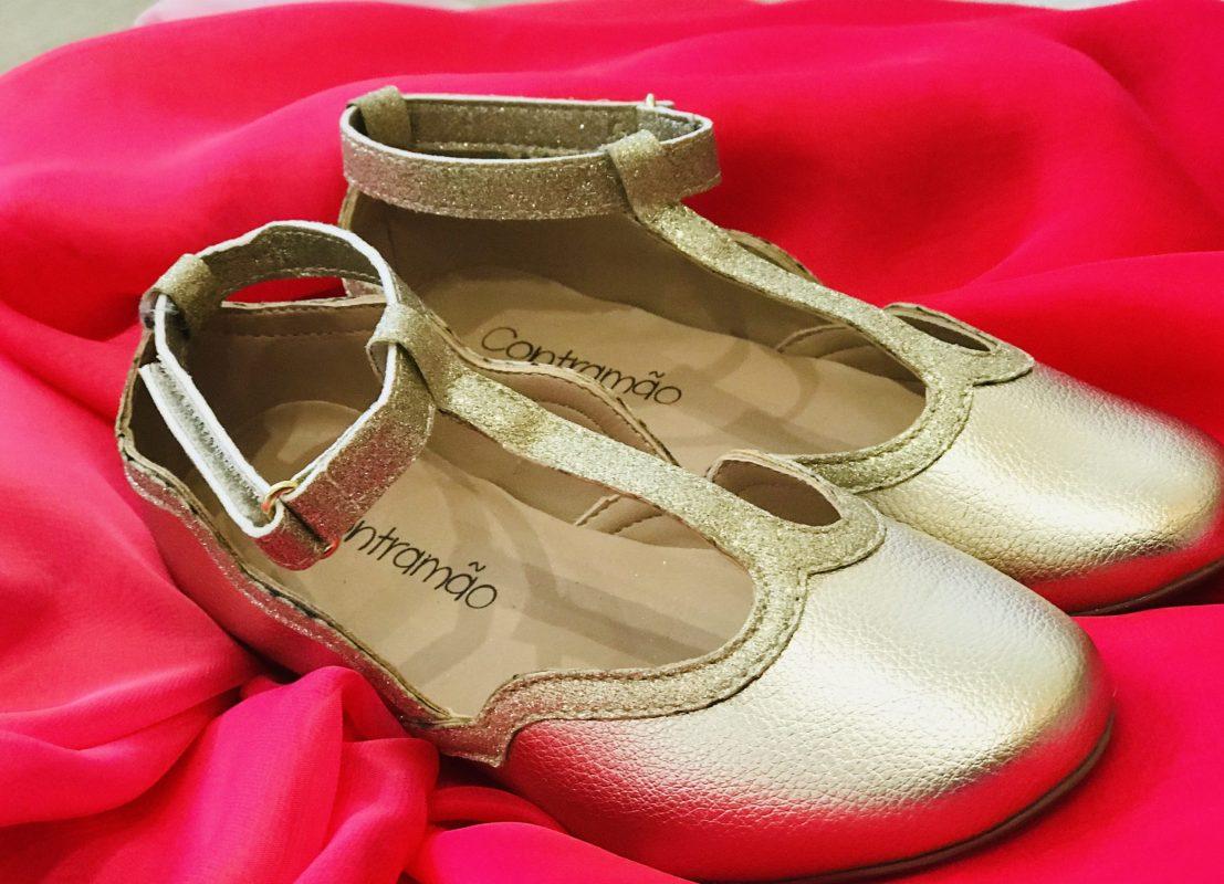 Sapato Clássico Dourado Contramão