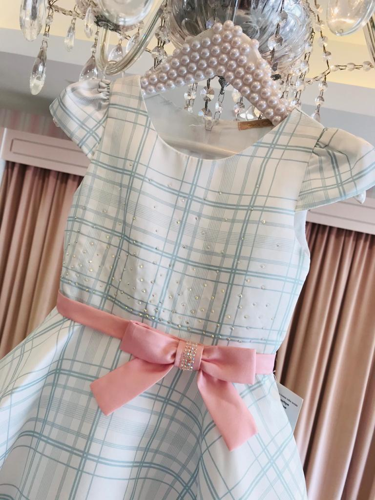 Vestido Petit Cherie godê barrado floral suave