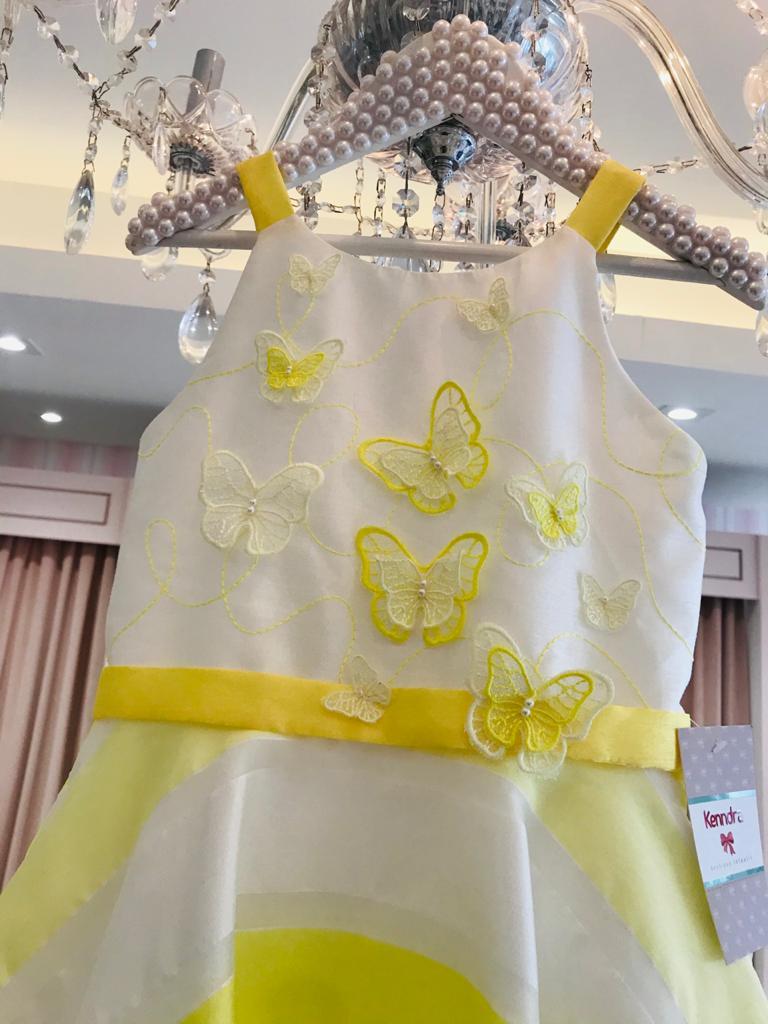 Vestido Petit Cherie Kids borboletas no busto