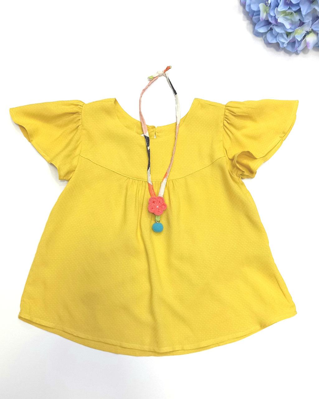 Bata Infantil Viscose Amarelo Sol com Colar Artesanal Crochê Mundo Céu