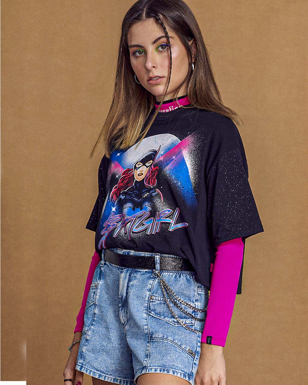 T-Shirt Teen Batgirl Malha Manga Curta com Brilho Preto Authoria