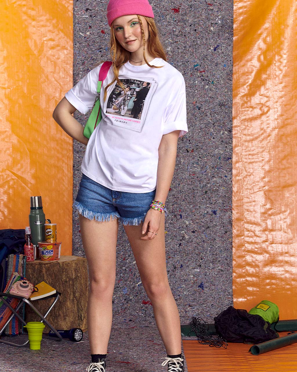 T-Shirt Teen Malha Branca Friends Neon Vibes  Authoria