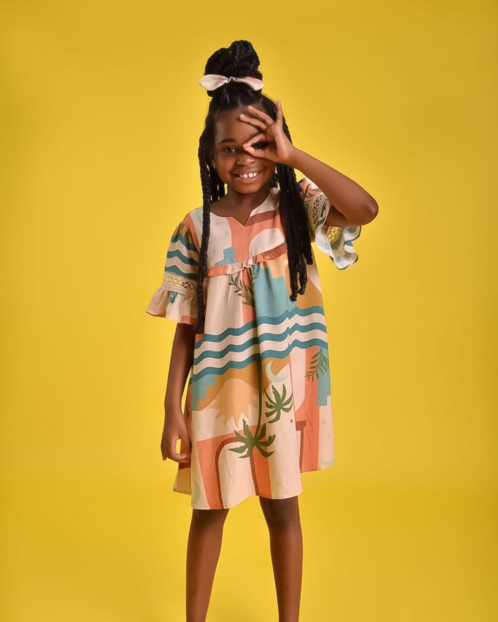 Vestido Infantil Tropical Detalher Macramê nas Mangas Caqui Mundo Céu