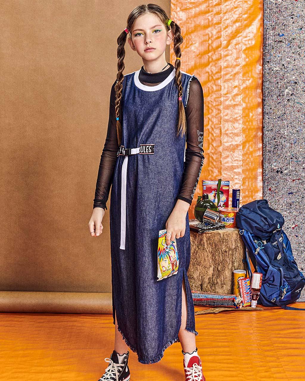 Vestido Jeans Teen Detalhe Cinto Trava de Mochila I Am