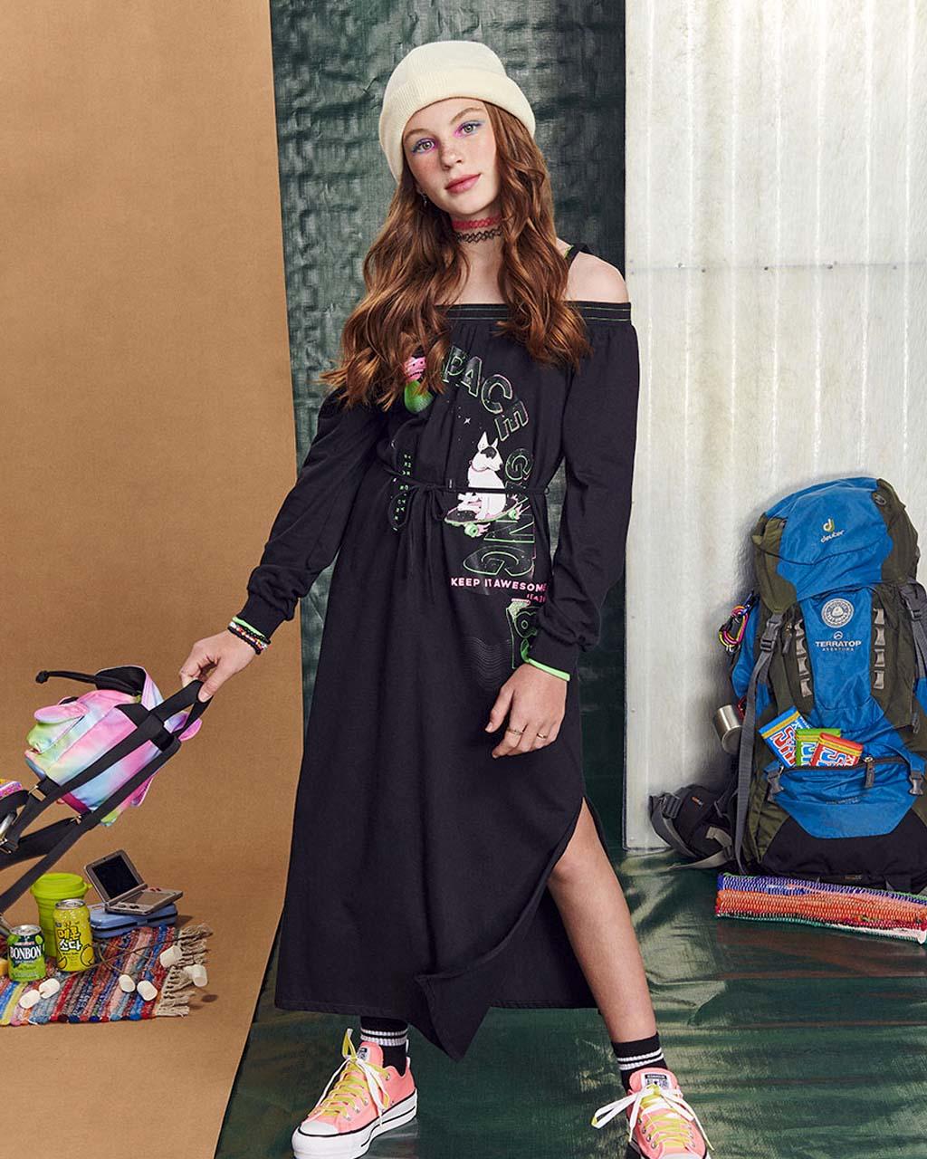 Vestido Teen Feminino Mid Preto com Alça Detalhe Neon I Am