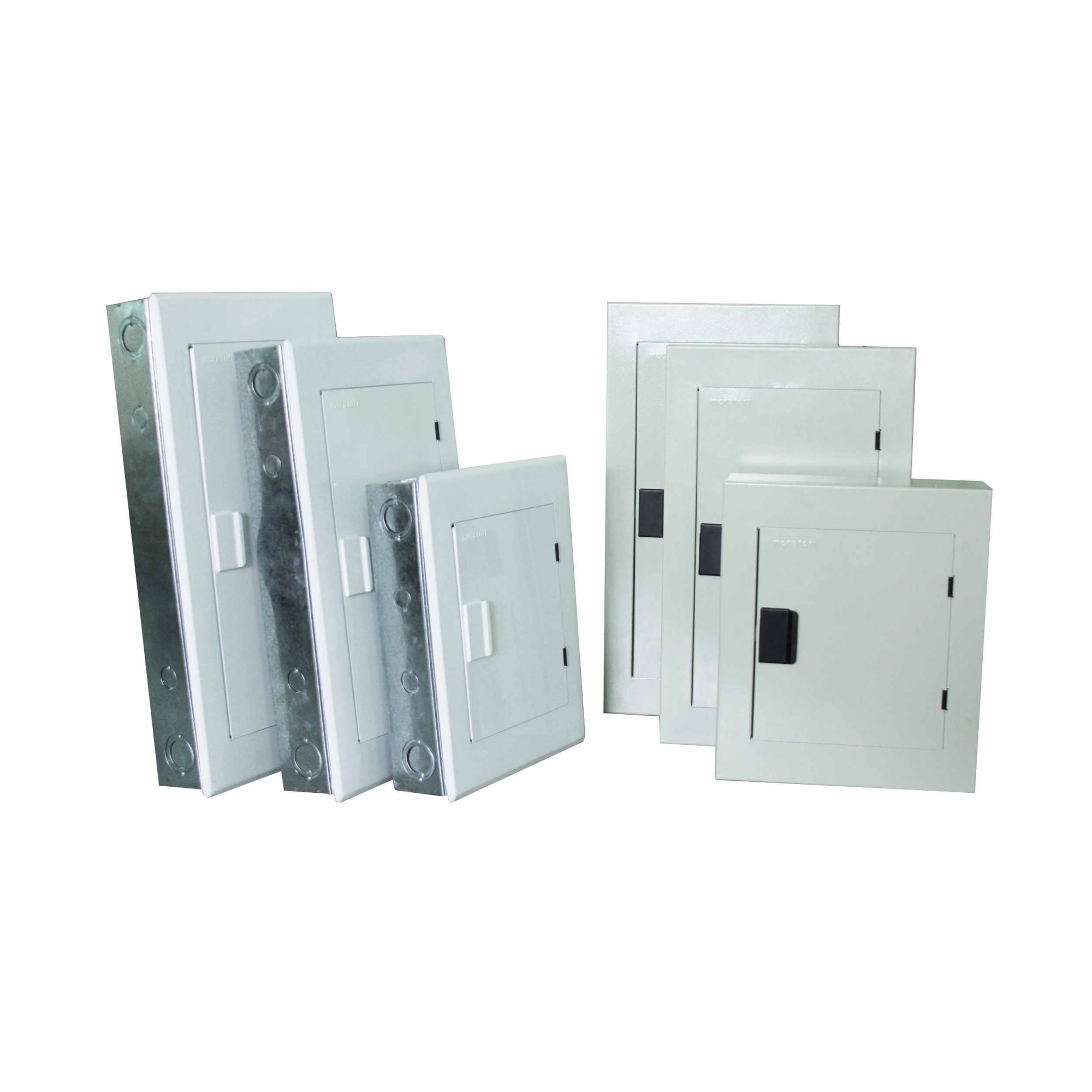 Quadro De Distribuição Sob Metal 42 Disj C/ Barr 150a