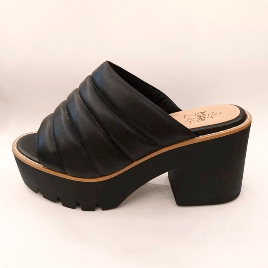 Sandália Tratorada Soft Comfy Preta