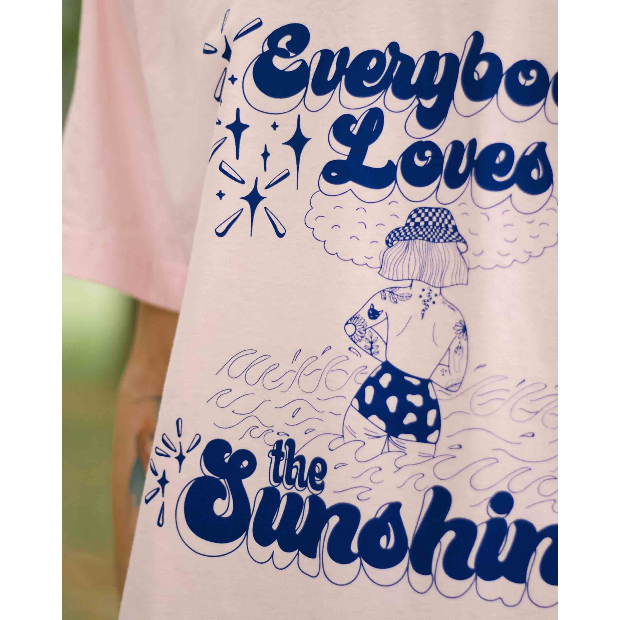 camiseta todo mundo ama um solzão