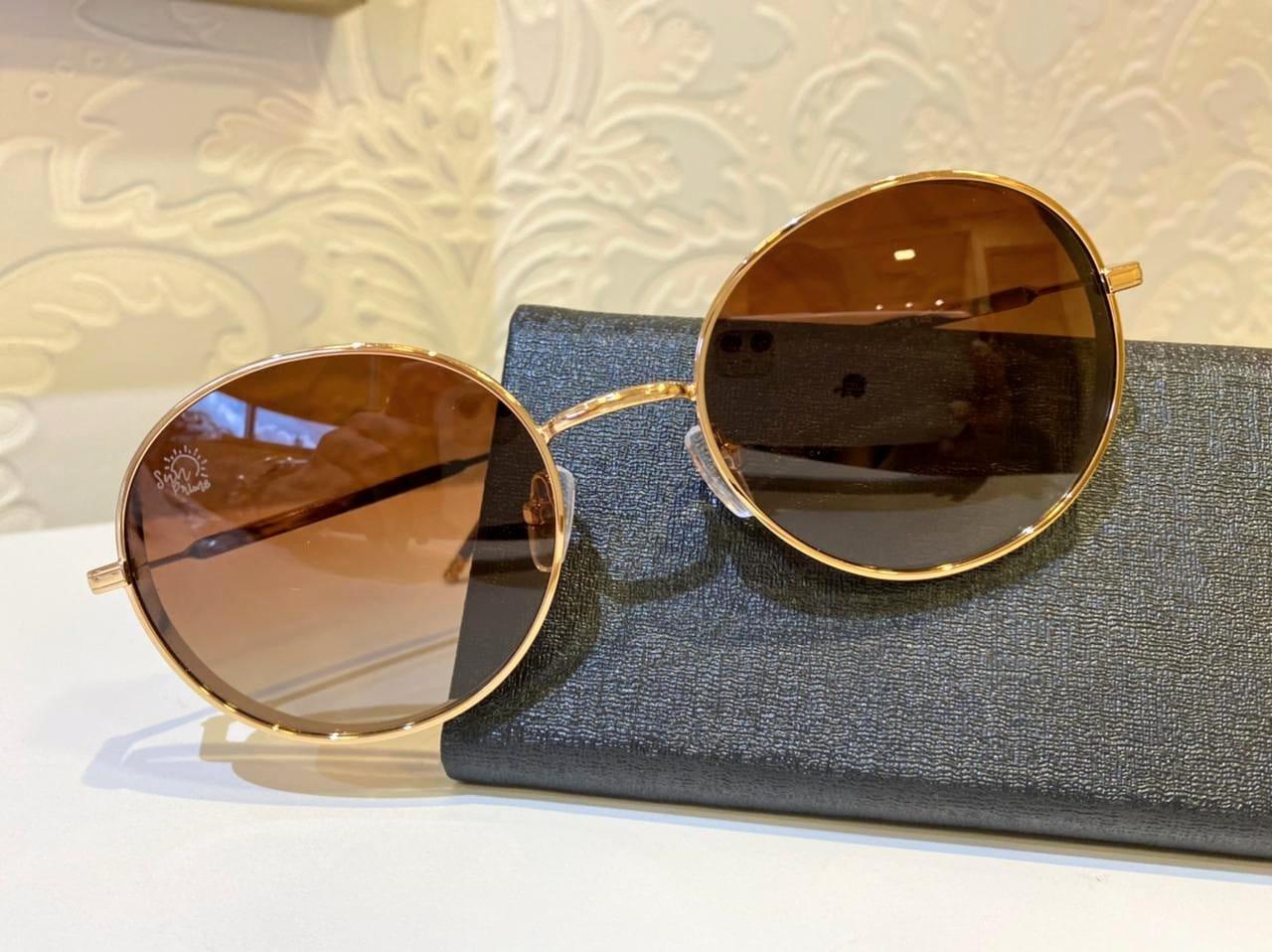 Óculos feminino circular