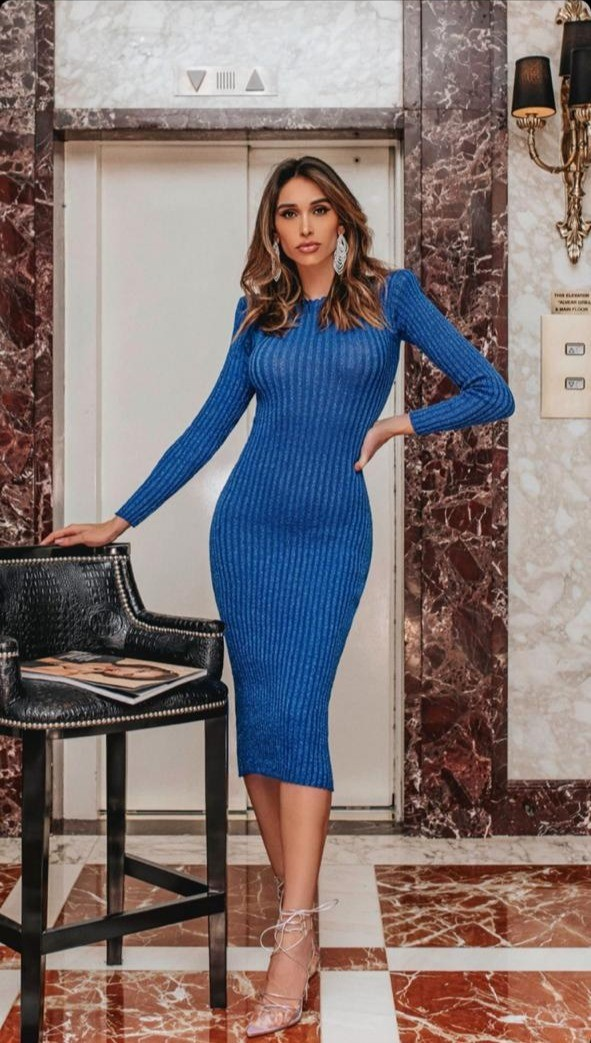 Vestido Midi com Ombreiras Azul