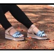 Sandália Anabela Tratorada em Linho Natural Azul Claro