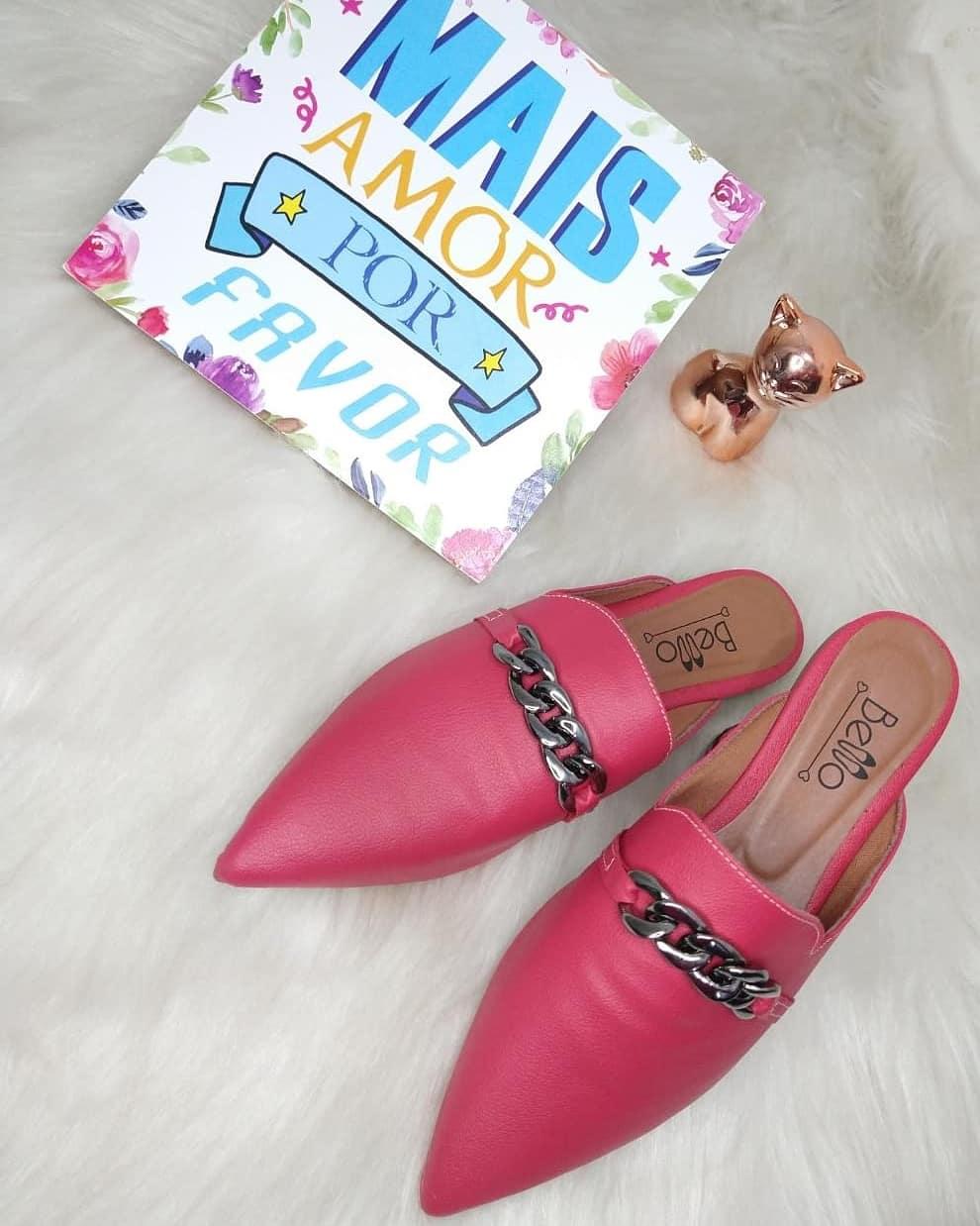 Mule Pink Bico Alongado em Napa com corrente