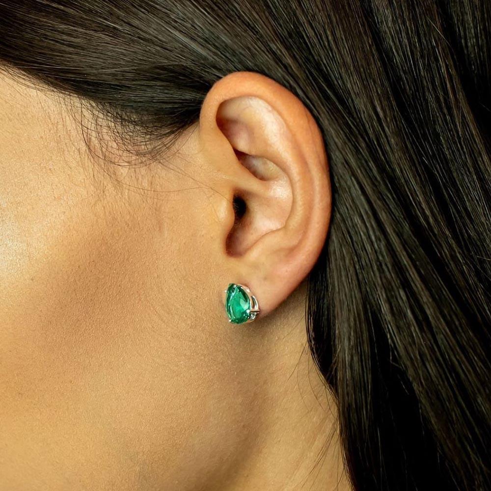 Brinco Gota com Zircônia Verde Esmeralda em Prata 10 mm