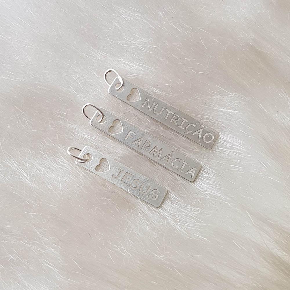 Colar com Pingente Placa Personalizada Vazada  em Prata