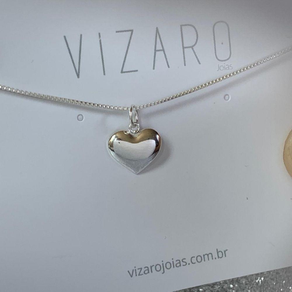 Colar Coração Chapa Lisa com Letra em Prata