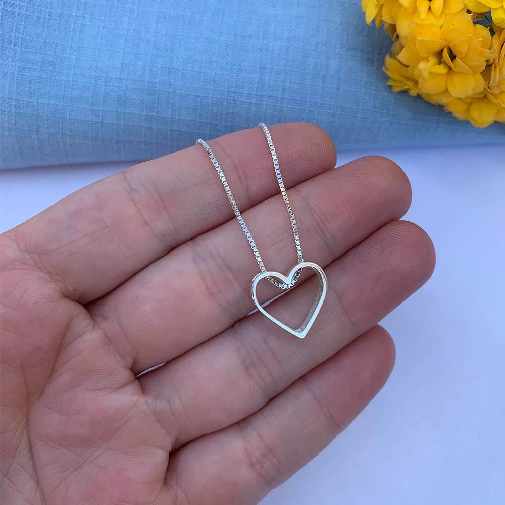 Colar Coração em Prata