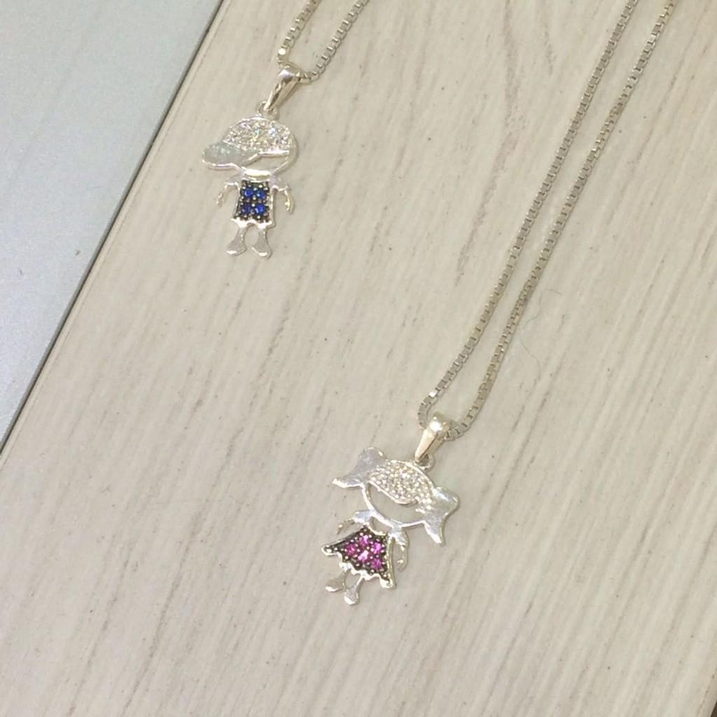 Colar Feminino de Prata Pingente de Filha Zircônias Brancas e Pink Vizaro
