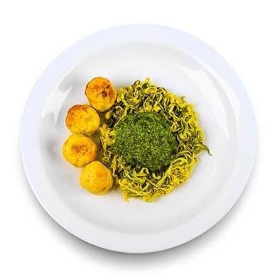 Espaguete de Abobrinha com Molho e Proteína
