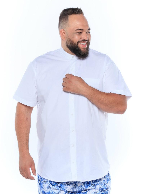 Camisa plus size Manga Curta Gola Padre Branca