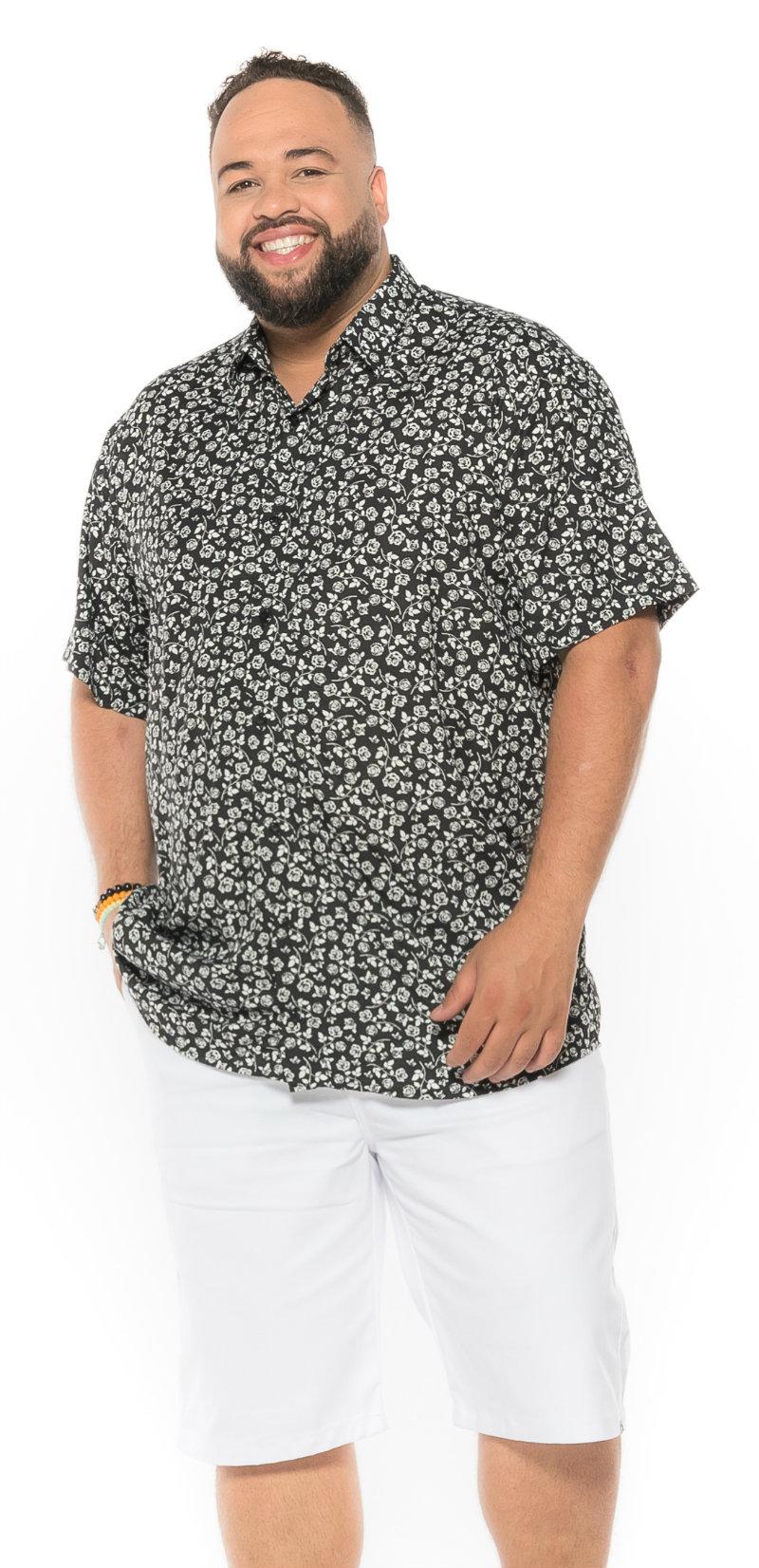 Camisa plus size Manga Curta Summer Flor Preta