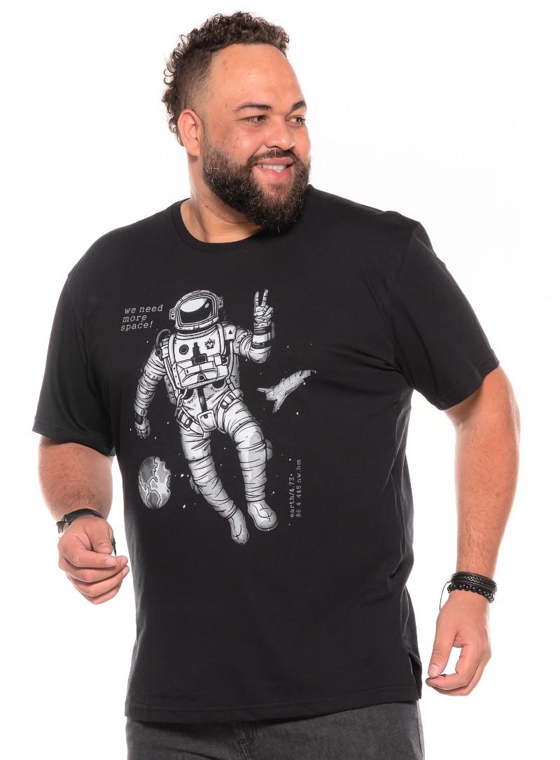 Camiseta plus size Astronaut Preta