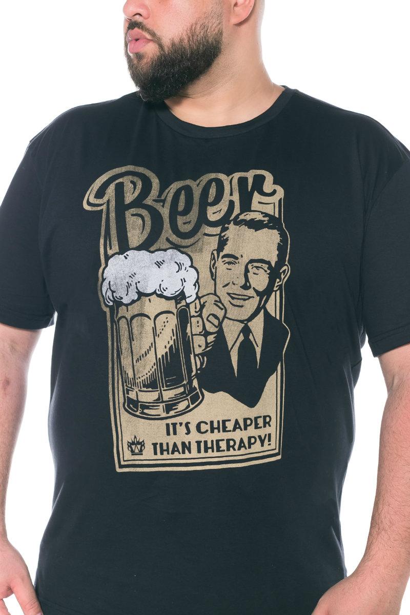 Camiseta plus size estampa Beer Preta
