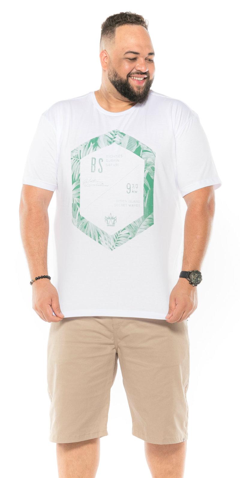 Camiseta plus size estampa BS Branca