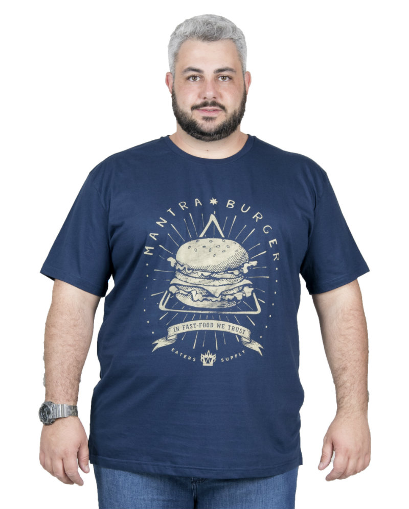 Camiseta plus size estampa Burguer Azul Marinho