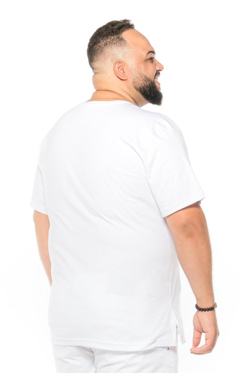 Camiseta plus size estampa Change Branca