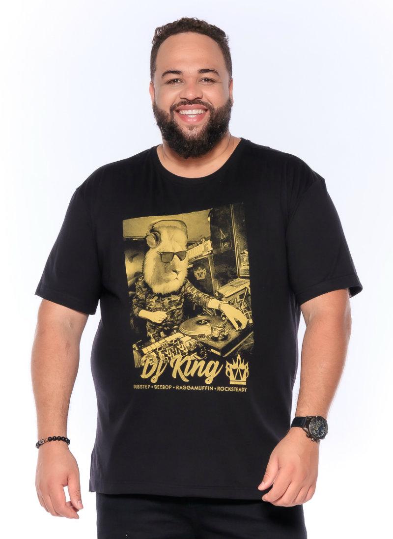 Camiseta plus size estampa Dj King Preta