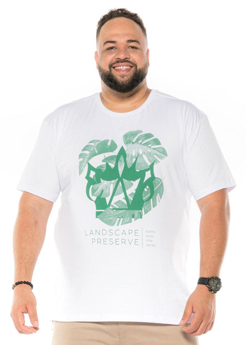 Camiseta plus size estampa Land Branca