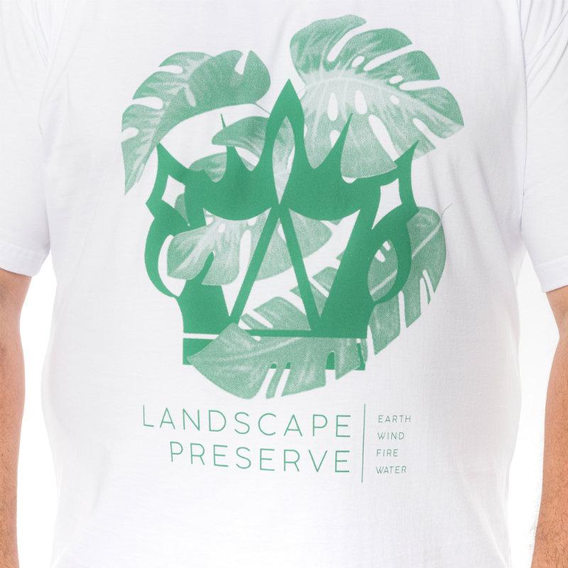 Camiseta plus size Land Branca