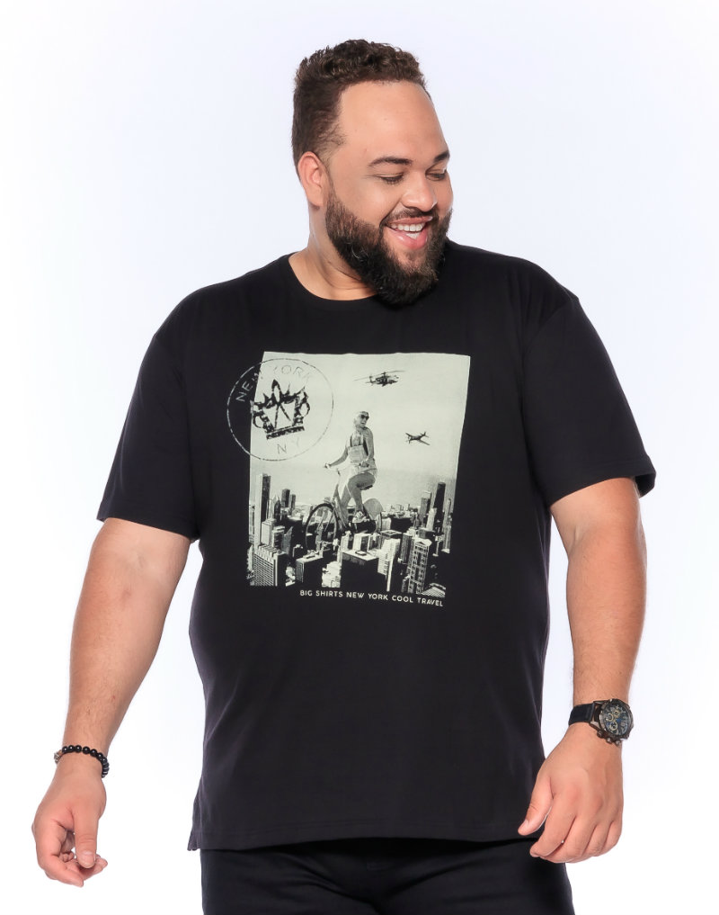 Camiseta plus size estampa New York Preta